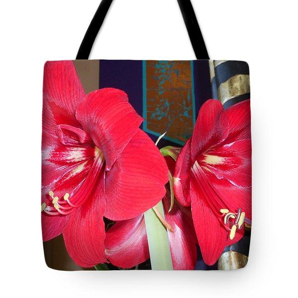 Amaryllis 9 Tote Bag