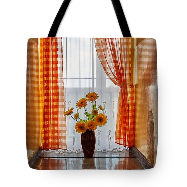 Amber View Tote Bag