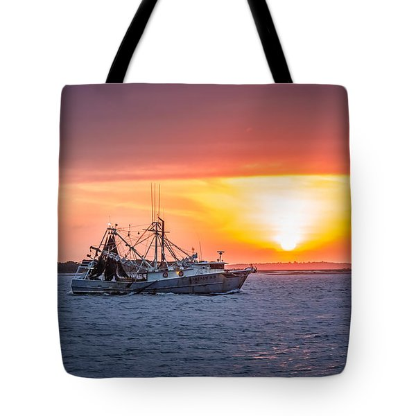 Amelia River Sunset 25 Tote Bag by Rob Sellers