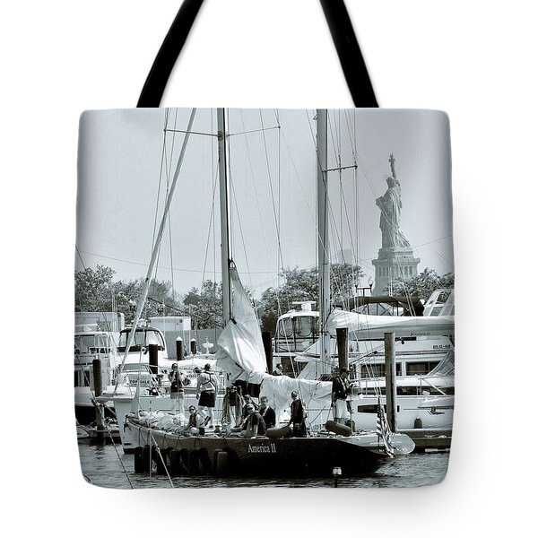 America II And The Statue Of Liberty Tote Bag by Sandy Taylor