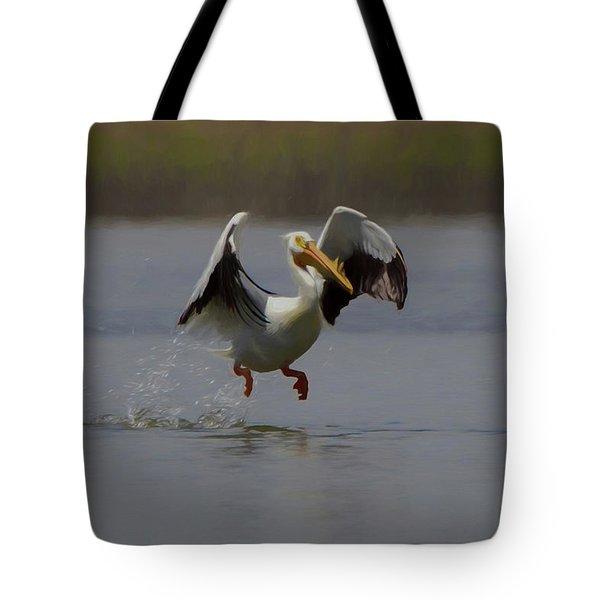 American White Pelican Da 2 Tote Bag by Ernie Echols