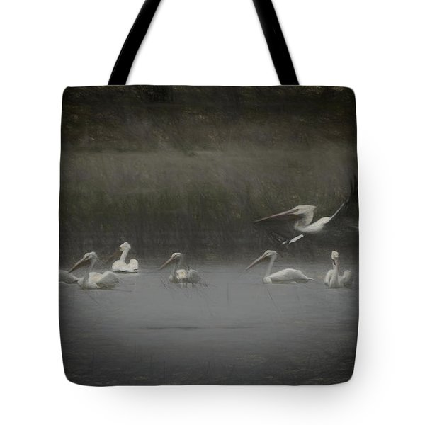 American White Pelicans Da Tote Bag by Ernie Echols