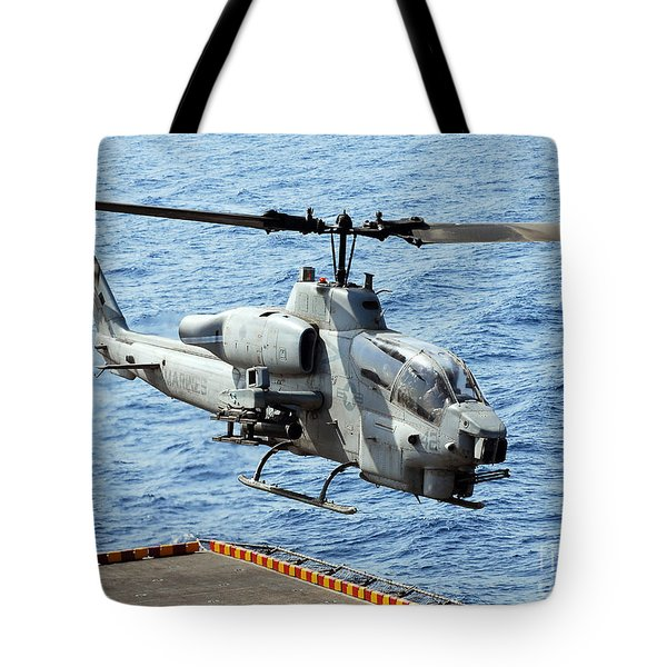 An Ah-1w Super Cobra Helicopter Tote Bag