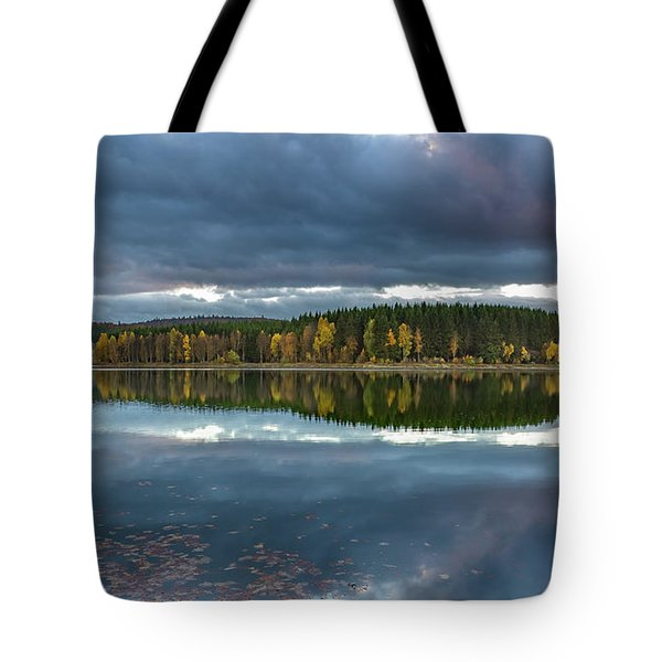 An Autumn Evening At The Lake Tote Bag by Andreas Levi