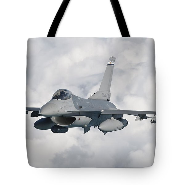 An F-16 From The Colorado Air National Tote Bag by Giovanni Colla