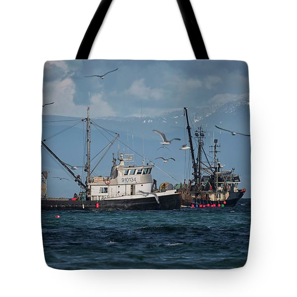 Tote Bag featuring the photograph Kornat And Western Investor by Randy Hall