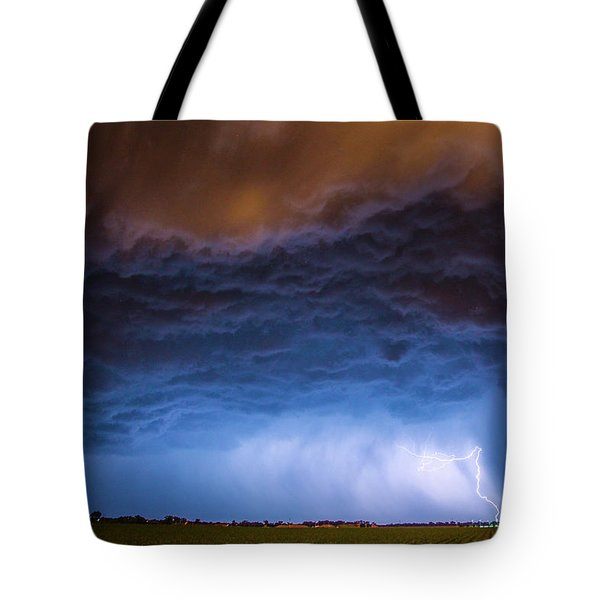 Another Impressive Nebraska Night Thunderstorm 008/ Tote Bag