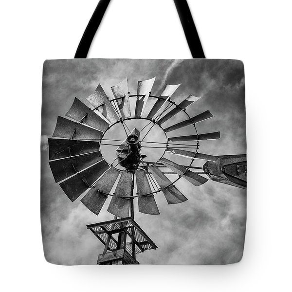 Tote Bag featuring the photograph Anticipation by Stephen Stookey