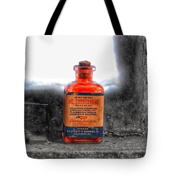 Antique Mercurochrome Hynson Westcott And Dunning Inc. Medicine Bottle - Maryland Glass Corporation Tote Bag
