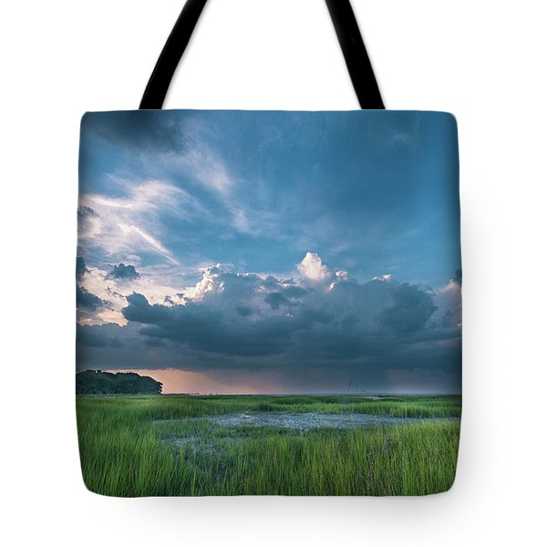 Tote Bag featuring the photograph Approaching Storm by Phyllis Peterson