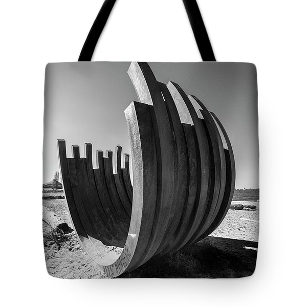 Arc 217.5 X 13 Tote Bag