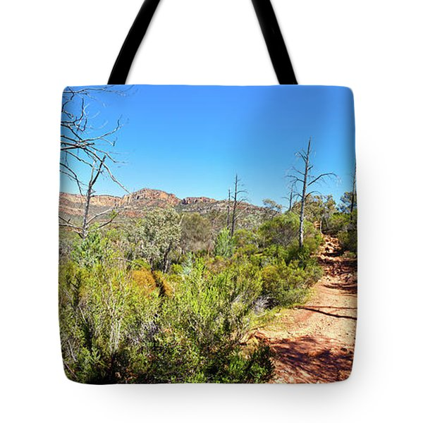 Arkaroo Rock Hiking Trail.wilpena Pound Tote Bag by Bill Robinson
