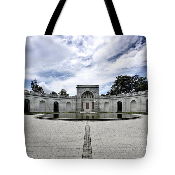 Arlington National Cemetery - Women In Military Service To America Memorial Tote Bag