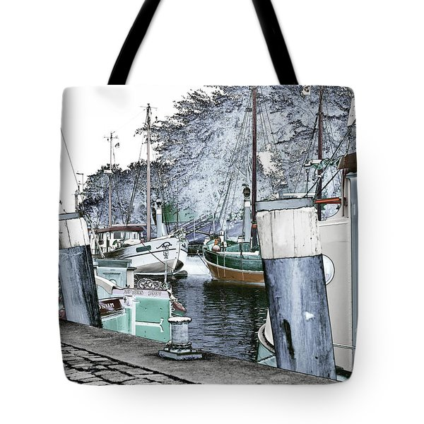 Art Print Boat 2 Tote Bag