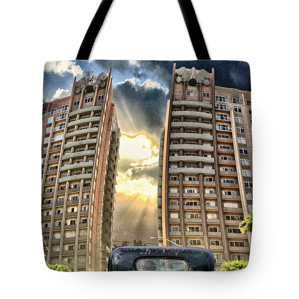 Artist Trucking In The Lbc Tote Bag by Bob Winberry