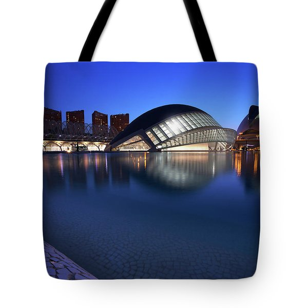 Arts And Science Museum Valencia Tote Bag by Graham Hawcroft pixsellpix