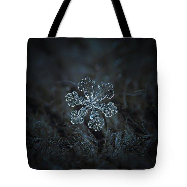 Snowflake Photo - Vega Tote Bag