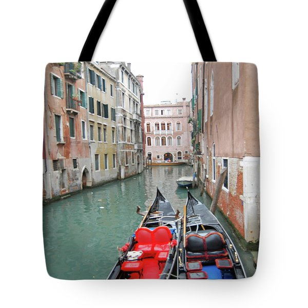 Gondola Love Tote Bag by Linda Prewer