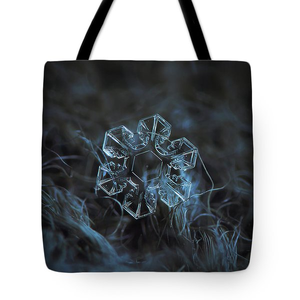 Snowflake Photo - The Core Tote Bag