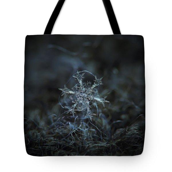 Snowflake Photo - Starlight Tote Bag
