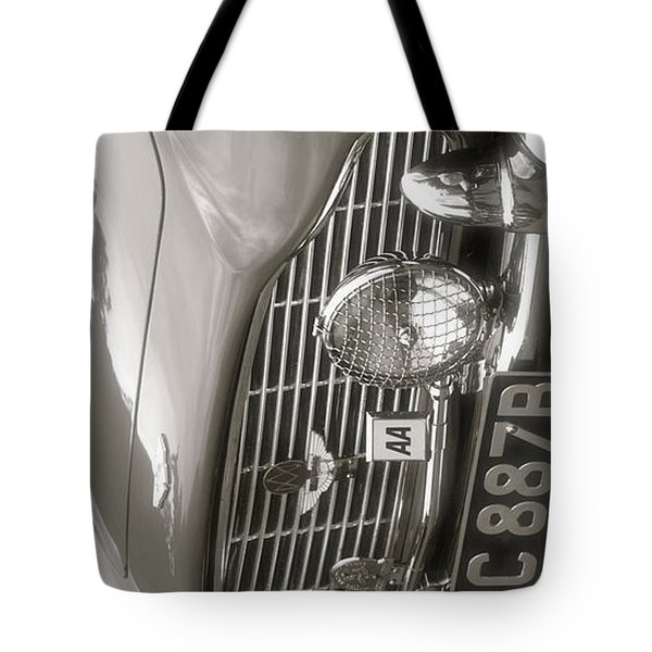 Aston Martin Db5 Smart Phone Case Tote Bag