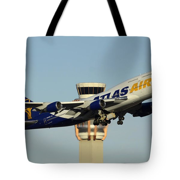 Atlas Boeing 747-446 N465mc Phoenix Sky Harbor January 3 2015 Tote Bag
