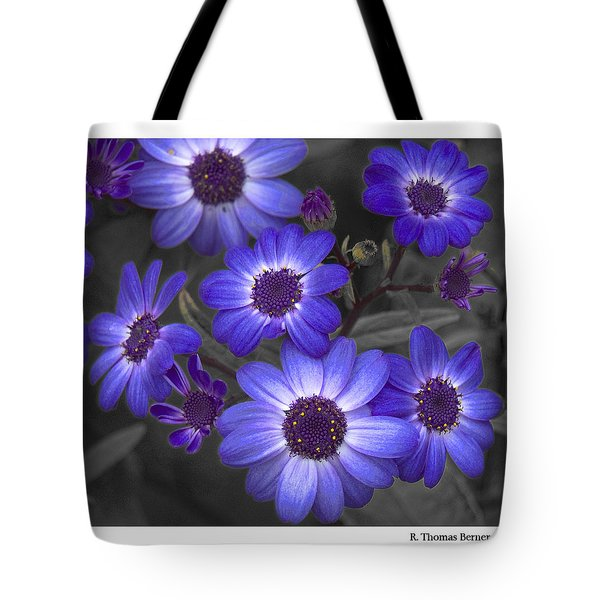 Tote Bag featuring the photograph Au Naturel by R Thomas Berner