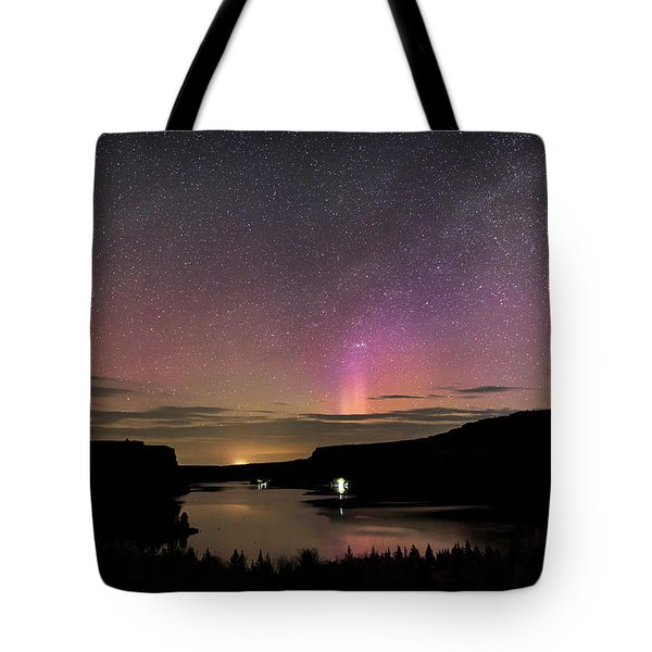 Tote Bag featuring the photograph Aurora At Lake Billy Chinook by Cat Connor