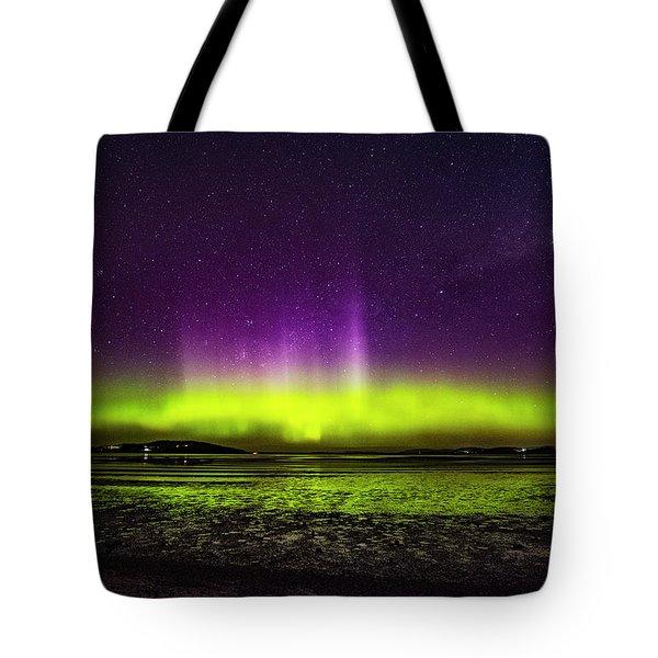 Aurora Australis Tote Bag