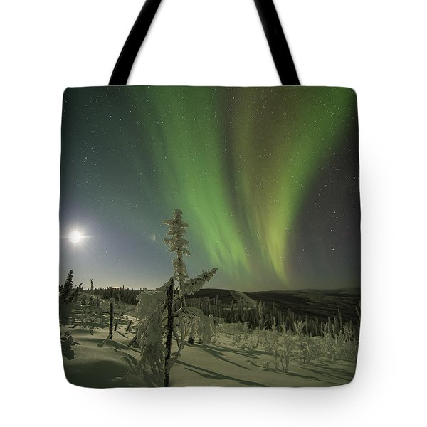 Aurora In The Hoar Frost Tote Bag
