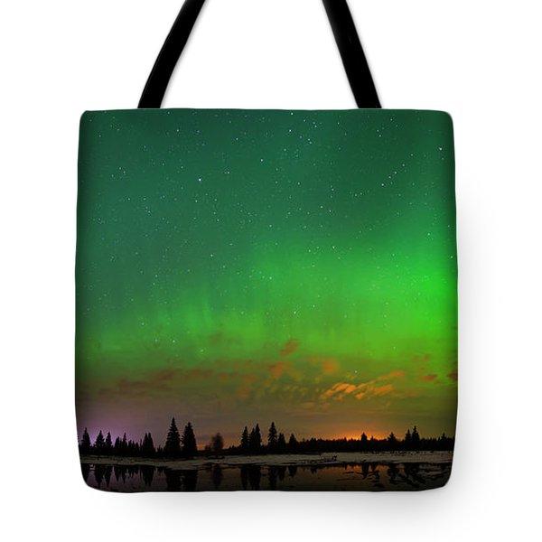 Aurora Over Pond Panorama Tote Bag