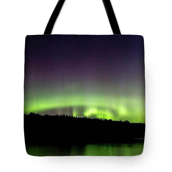 Tote Bag featuring the photograph Aurora Over Superior 4 by Paul Schultz