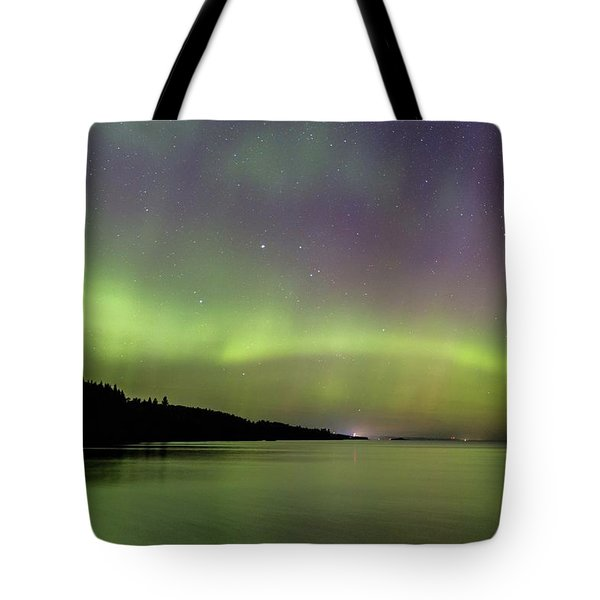 Tote Bag featuring the photograph Aurora Over Superior 7 by Paul Schultz