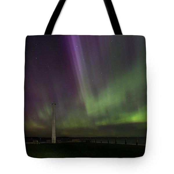 Tote Bag featuring the photograph Aurora Over The Harbor by Paul Schultz