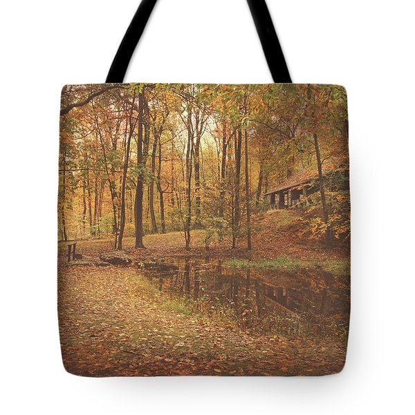 Autumn At Voorhees Matte Tote Bag