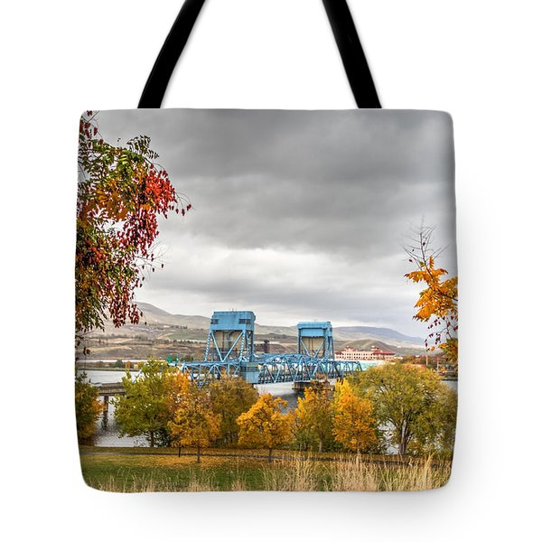 Autumn In The Park Tote Bag by Brad Stinson