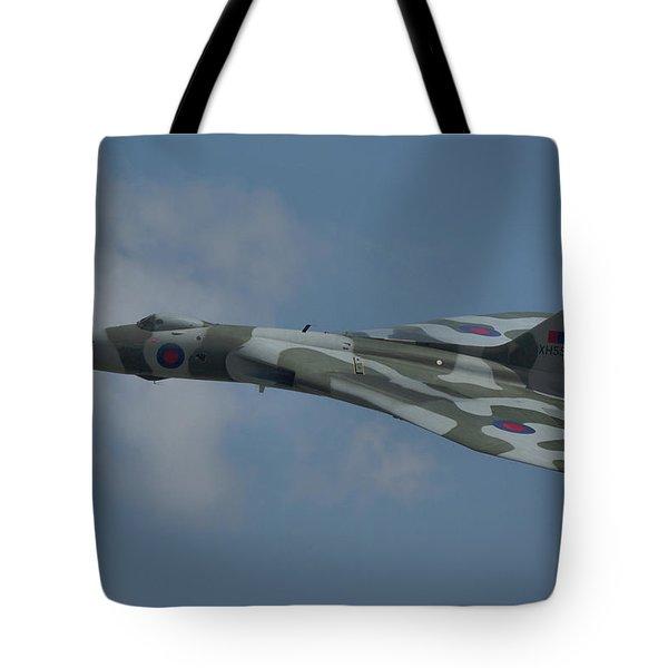 Avro Vulcan B2 Xh558 Tote Bag
