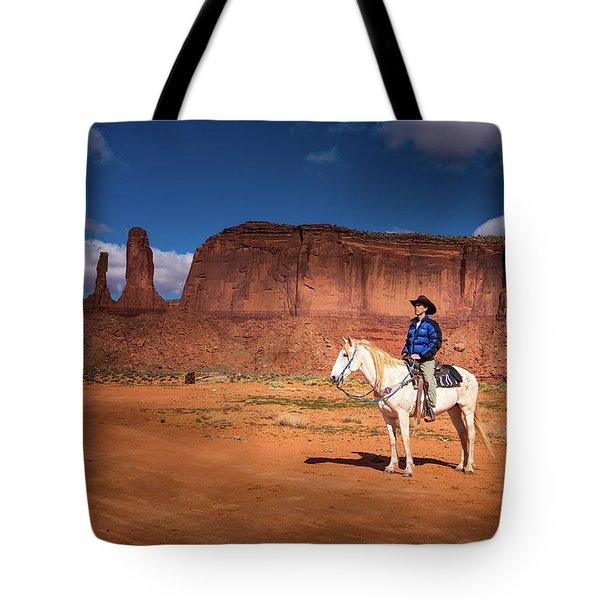 Tote Bag featuring the photograph Awaiting The Challenge by William Lee