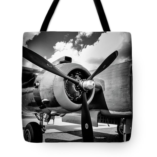 B25 Radial Engine Tote Bag