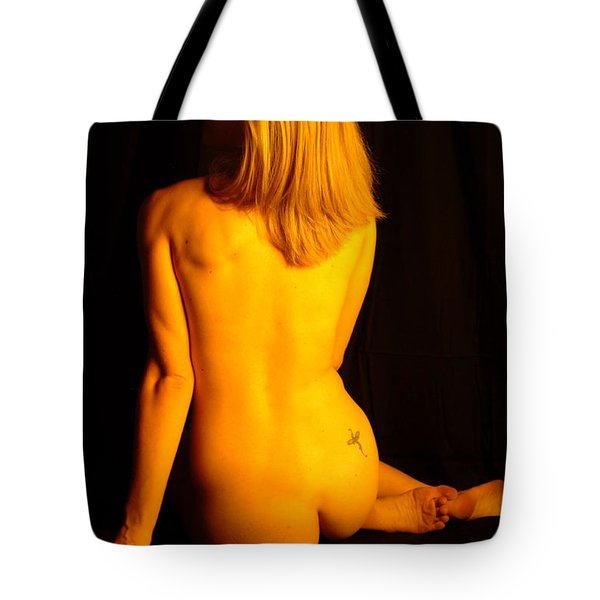 Back Form Tote Bag