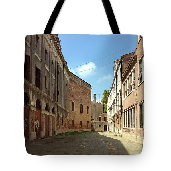 Tote Bag featuring the photograph Back Street In Venice by Anne Kotan