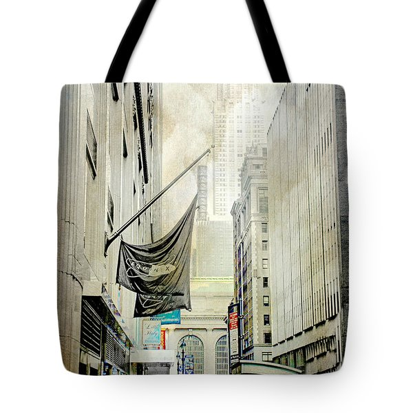 Tote Bag featuring the photograph Back To You by Diana Angstadt