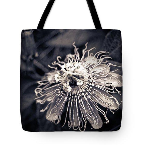 Clematis Flower Bloom Tote Bag
