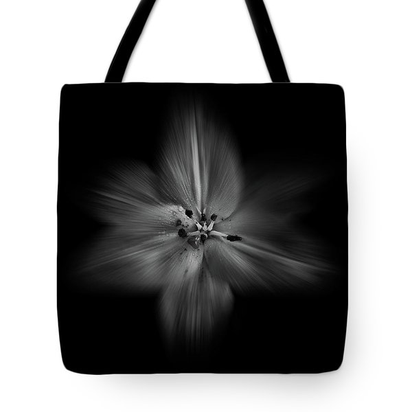 Backyard Flowers In Black And White 28 Flow Version Tote Bag