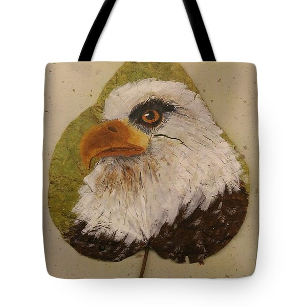 Bald Eagle Side Veiw Tote Bag