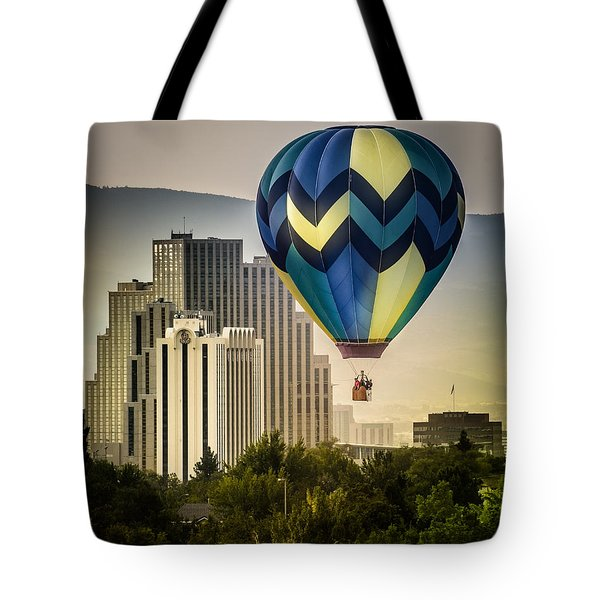 Balloon Over Reno Tote Bag by Janis Knight