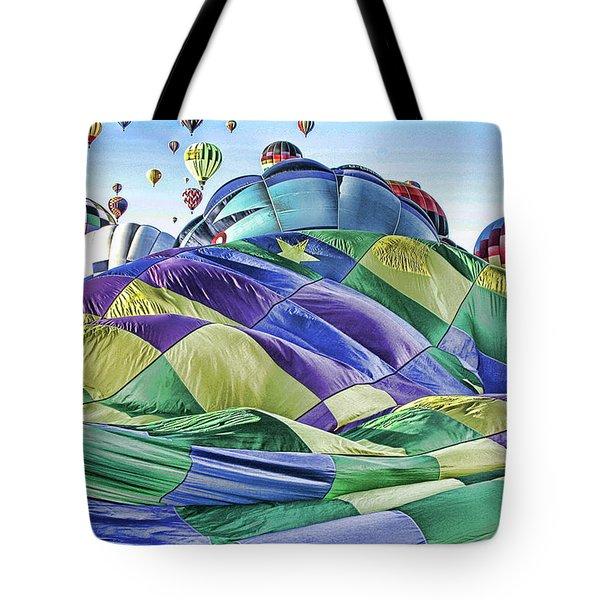 Ballooning Waves Tote Bag