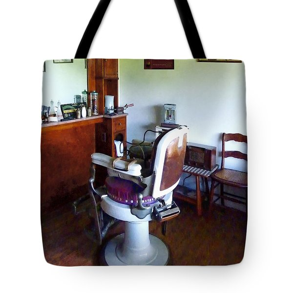 Barber - Old-fashioned Barber Chair Tote Bag