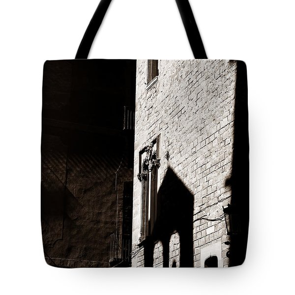 Tote Bag featuring the photograph Barcelona 2b by Andrew Fare