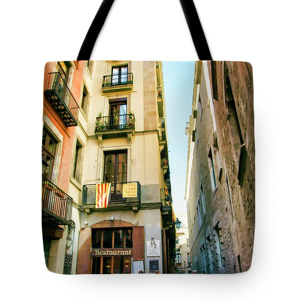 Barcelona La Rambia Restaurant Color Tote Bag